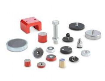 Retaining magnets